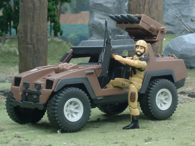 1984 GIJoe V.A.M.P. MarK II Attack Vehicle with Clutch Complete